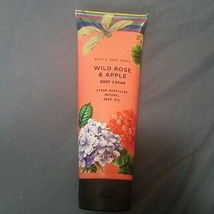 Wild Rose & Apple Body Cream